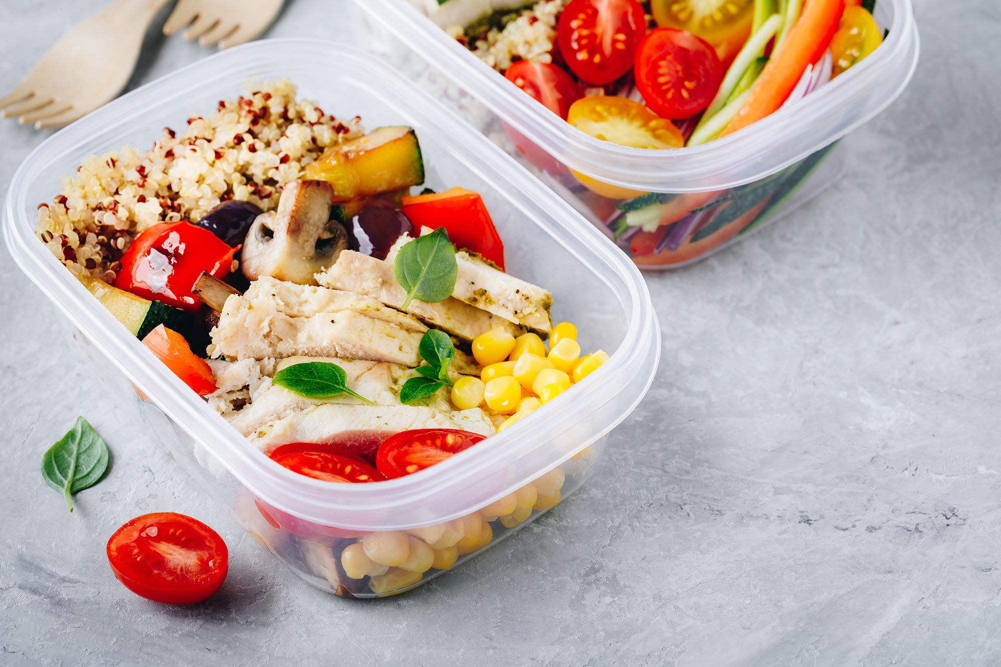 meal prep containers with quinoa grilled